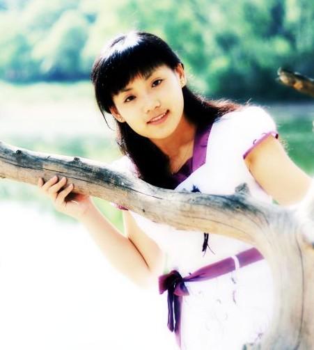 80后女作家姜颖与本工作室签约