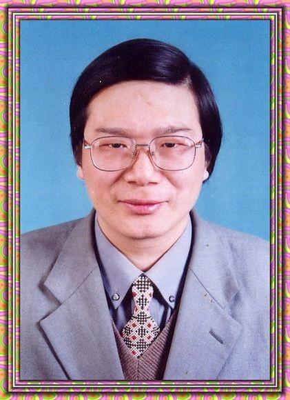 中华辞赋家联合会主席――潘承祥教授